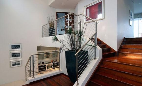MKM Group Biz stairs